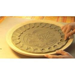 Creazione Piatto Oracolo delle Rune Terracotta