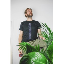 T-shirt nera bio sette Chakra